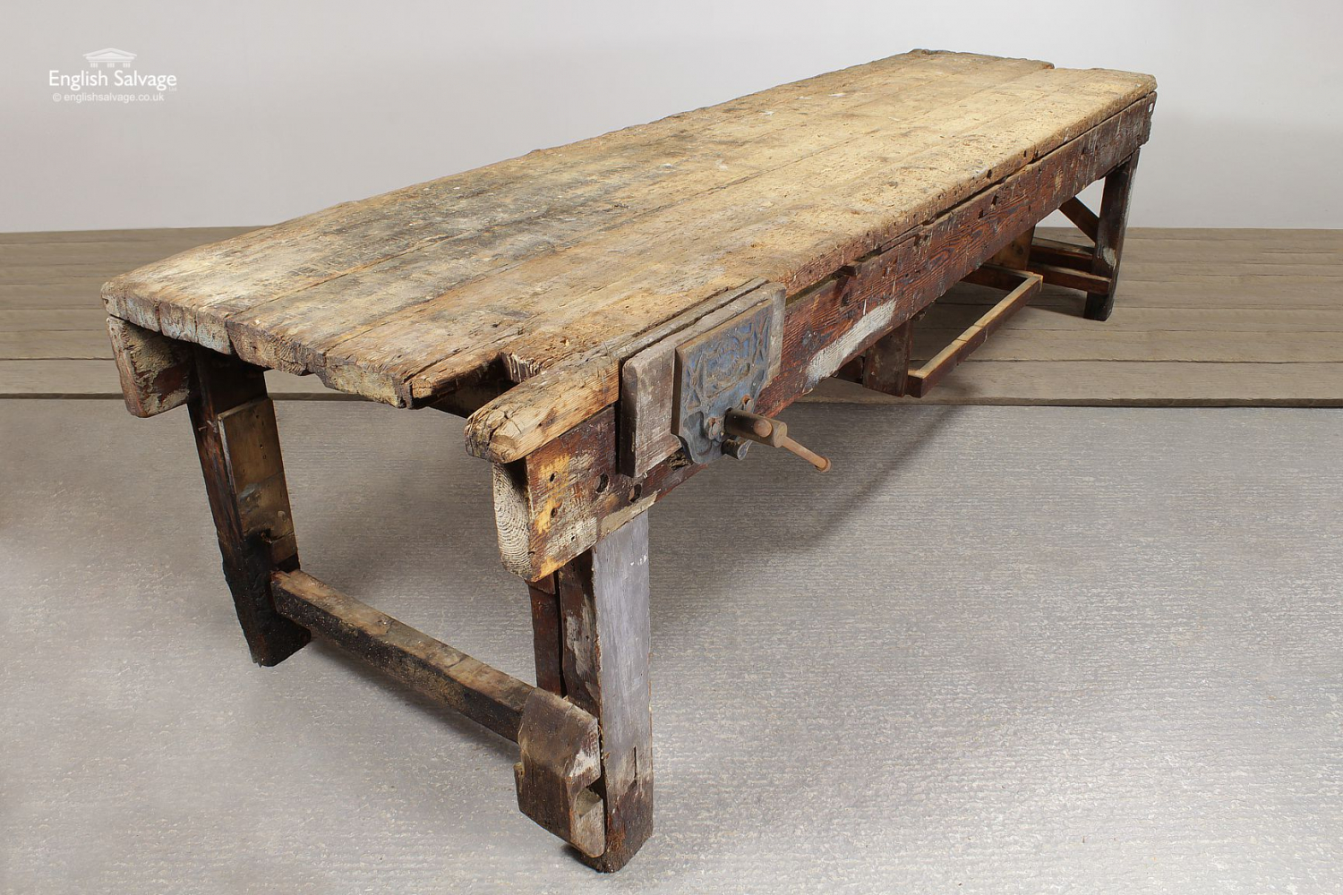 Tremendous Rustic Old Wooden Workbench And Vice Beatyapartments Chair Design Images Beatyapartmentscom