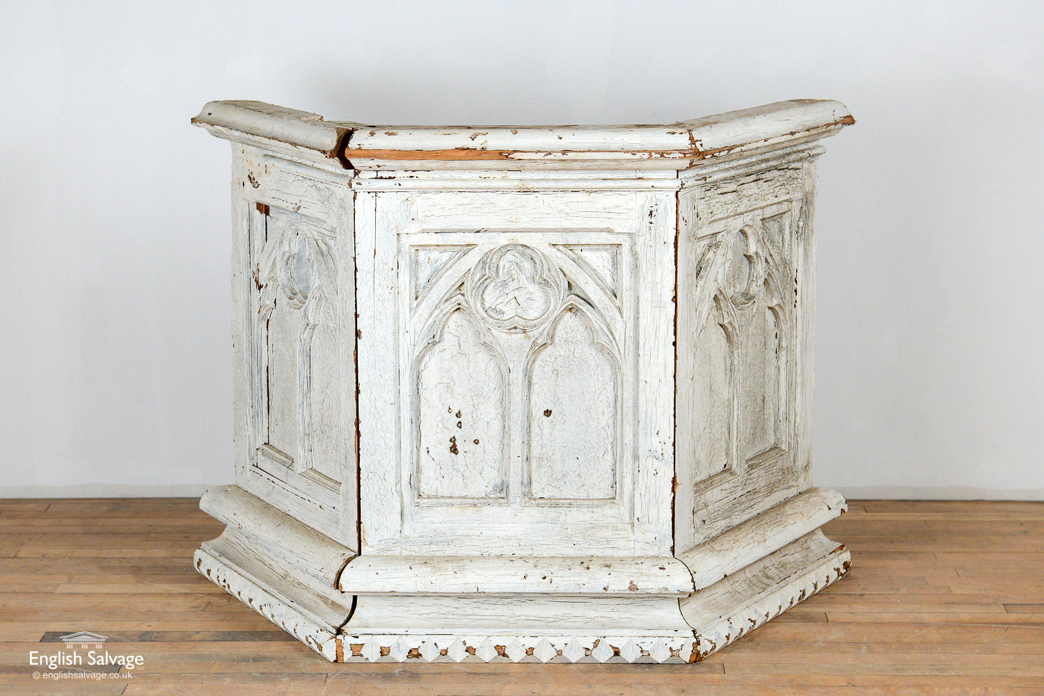 Gothic Style Wooden Panels Church Pulpit