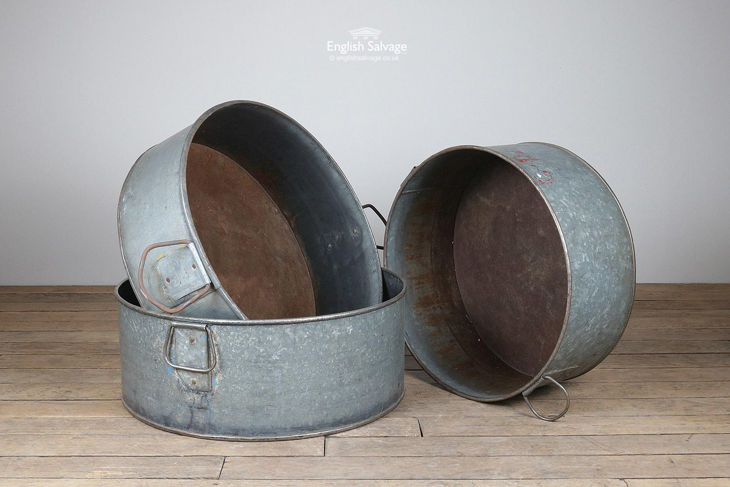 Large Round Metal Tubs With Handles