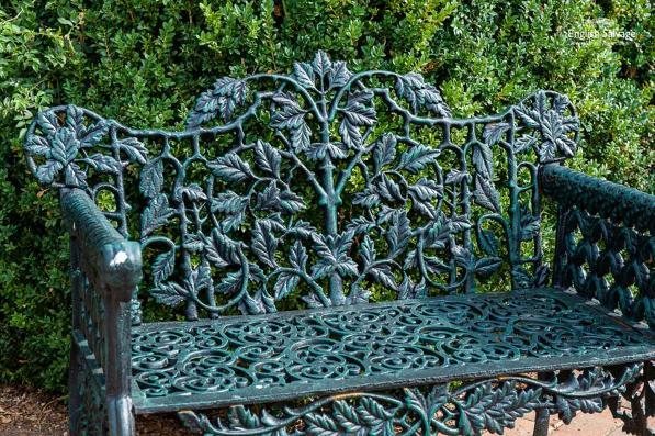 Oak Leaf Green Cast Iron Garden Bench, Cast Iron Garden Furniture