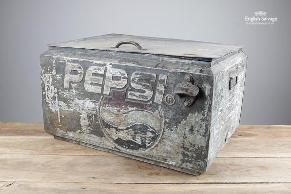 Pepsi cooler box / lidded storage trunk