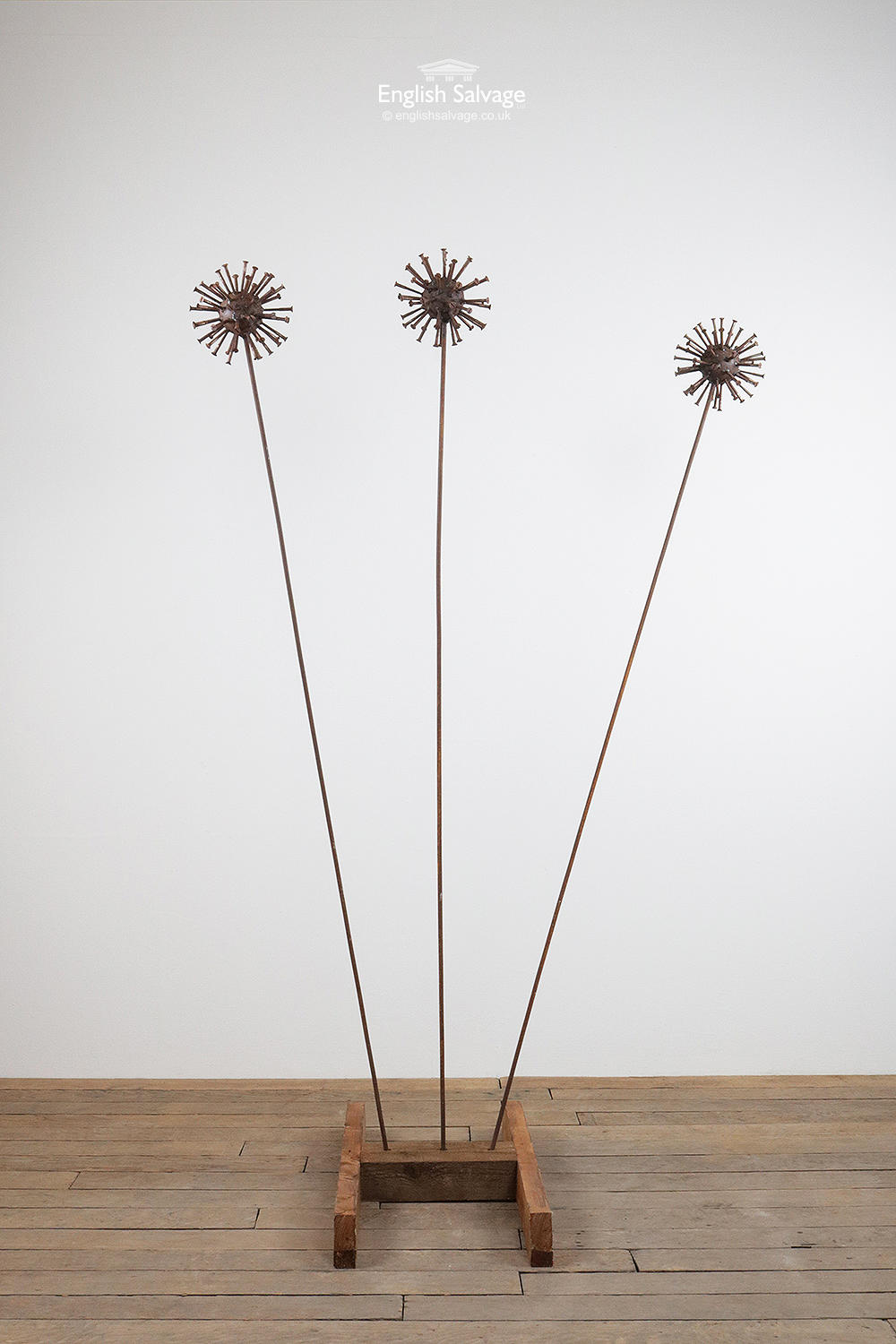 Quirky Metal Sculpture Of Three Flowers