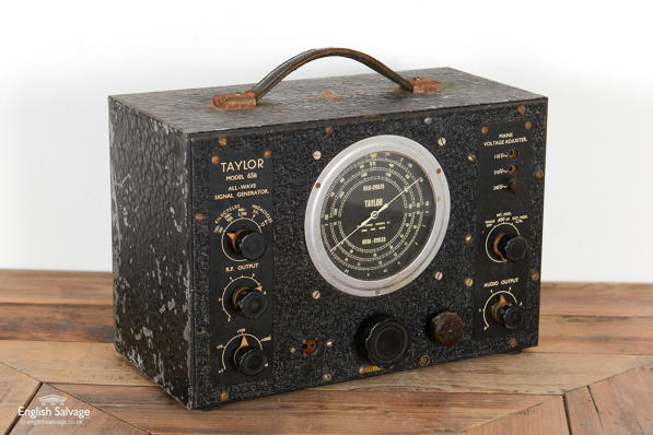 Vintage all-wave signal generator